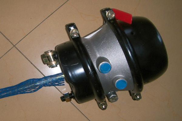 弹簧制动气室