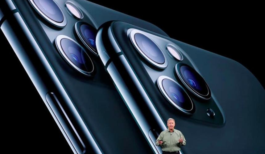 要买iPhone 11 Pro手机 狮城人需工作八天