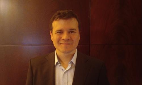 巴勃罗·贾里洛·埃雷罗(Pablo Jarillo-Herrero)因在旋翼学方面的开创性工作而获得沃尔夫奖