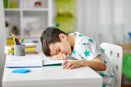 四大现象锁定孩子缺乏镁,改善常备汤臣倍健钙镁片